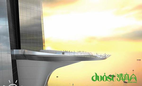 【中国清真网综合报道】 近日,有报道称,828米高的哈利法塔(Burj Khalifa Tower)并非极限,下一个全球最高建筑物目前正面临建设过程中的关键一步:位于沙特阿拉伯吉达市的王国塔项目工程师们正准备开始测试如何才能将超过半英里的塑性混凝土送到高空,这座超超高层建筑高度将达到3280英尺,换算成公制是超过一公里。 据了解,要建造这座1000米的高楼需要面对大量技术挑战,包括乏善可陈的电梯技术,以及如何解决如此高度高塔的自身重量的问题。就在这个礼拜,王国塔项目部宣布了一个外部顾问机构ACTS,目前